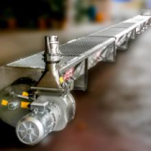 Pompa-per-vinaccia-montata-su-trasportatore-a-coclea